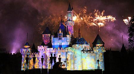 Kveld i Hong Kong Disneyland